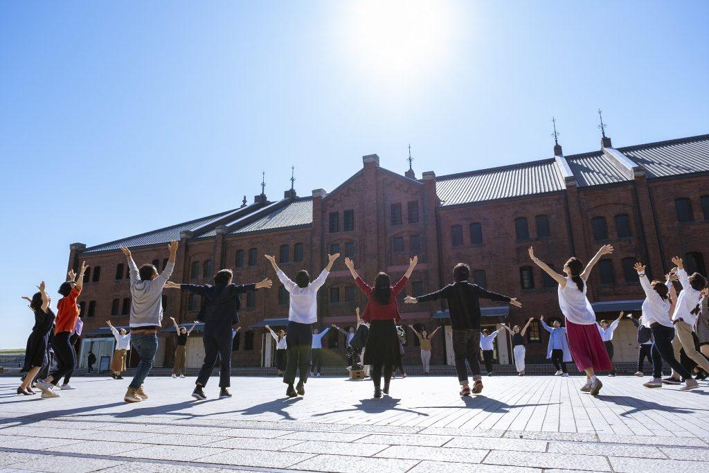 サムネイル画像:企業・地域と劇場をつなぐ<br/>赤レンガ・ダンスプロジェクト