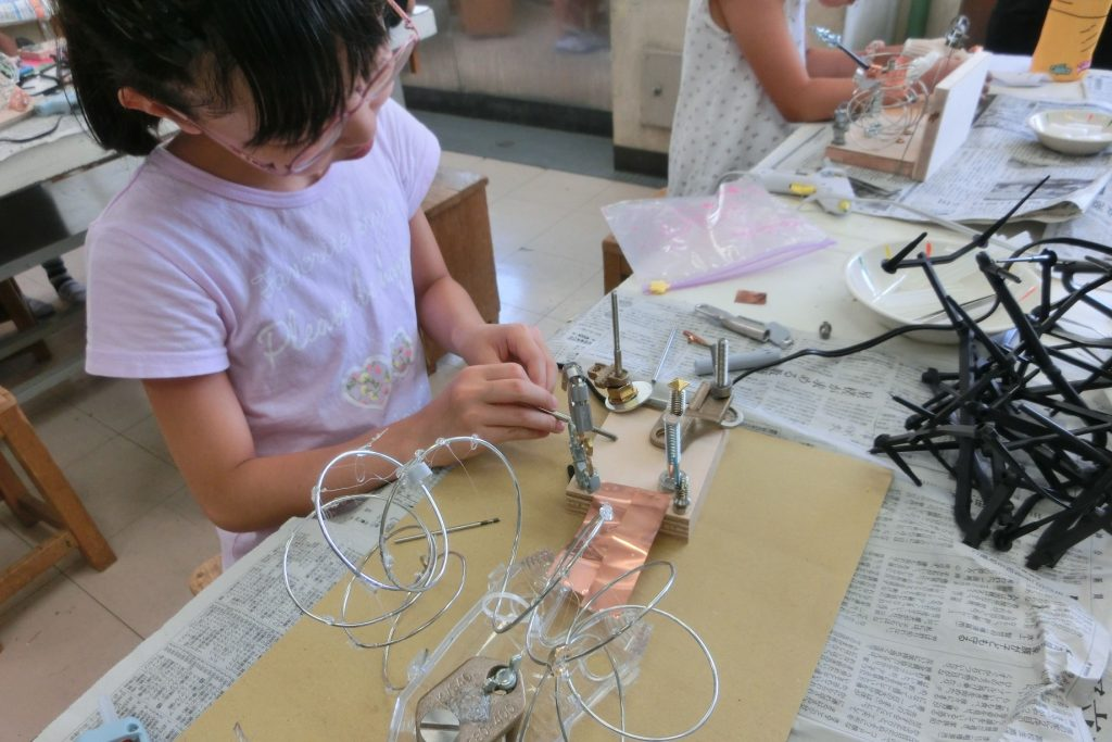 サムネイル画像:横浜市芸術文化教育プラットフォーム 学校プログラム